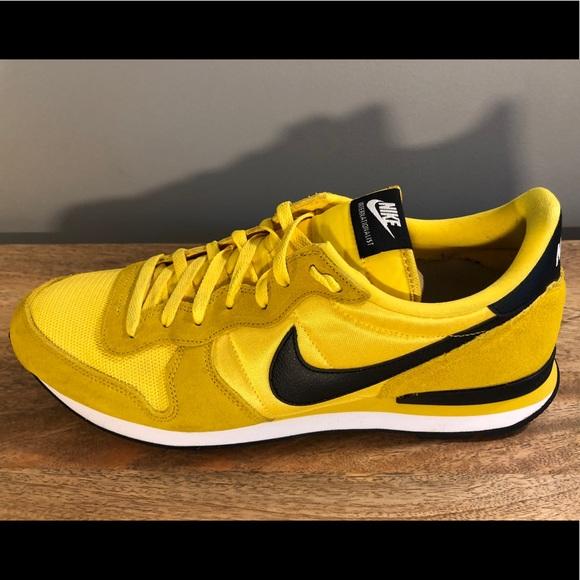 Nike Internationalist Yellow Black Sz 3